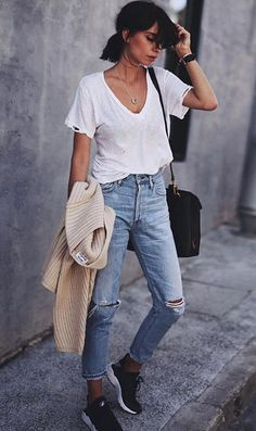 Basic denim jeans + simple white t-shirt