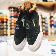 adidas skateboarding Matchcourt Slip Adv B27337  HKD 599  85ive2shop  1/F 522 Jaffe Rd Causeway Bay  銅鑼灣謝斐道522 1/F  VanSk85ive2  SUITE D-E 7/F. HANG SENG INDUSTRIAL BLDG. 185 WAI YIP ST. KWUN TONG KLN HONG KONG T: (852) 2344 3982  #85ive2shop #8five2shop #adidasskateboardinghk #adidashongkong