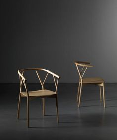 Valerie chair by Giopato & Coombes design office Design Furniture, New Furniture, Chair Design, Furniture Ideas, European Furniture, Furniture Movers, Office Furniture, Cool Chairs, Table And Chairs