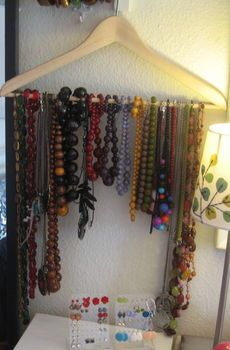 Quick And Easy: Jewlery Organizer  Easiest jewellery organiser ever!