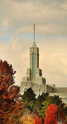 Mt. Timpanogos Utah LDS temple spire and angel Moroni in autumn