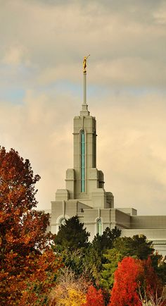 Mt. Timpanogos Utah LDS temple spire and angel Moroni in autumn