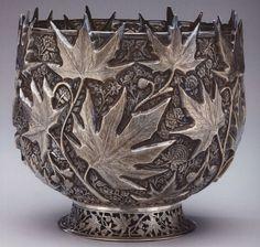 Sterling chinar leaf design bowl, produced in India during the British Raj - Kashmir Antique Art, Vintage Antiques, Antique Items, Vintage Silver, Antique Silver, Leaf Bowls, Aesthetic Movement, Red Art, Texture