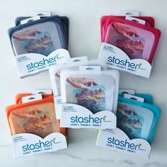 The ideal plastic free food storage solution. Stasher bags are airtight, self-sealing, reusable and plastic free. H & M Home, Green Life, Recycled Crafts, Recycled Garden, Sustainable Living, Zero Waste, Reduce Waste, Bag Storage, Smart Storage