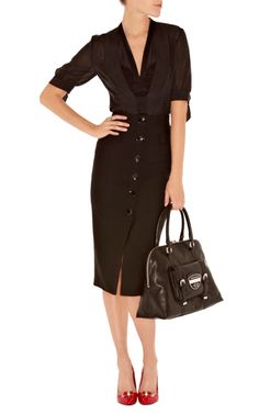 Karen Millen. I'm liking this as a modern take on a 1950s style and sillouette.