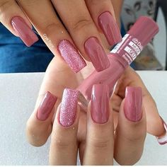 Quer saber qual o segredo da unha perfeita? Aycrlic Nails, Bling Nails, Manicure And Pedicure, Cute Nails, Hair And Nails, Stylish Nails, Trendy Nails, Nagellack Trends, Pretty Nail Art