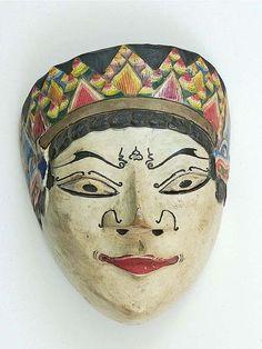 File:COLLECTIE TROPENMUSEUM Houten masker TMnr 6148-4-1.jpg