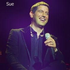 Big smiles all around this Saturday morning! Good morning everyone and thanks Sue for the gorgeous picture (London 2012). Now tell me lovely followers aren't we soooo lucky?!? @elaynalisa x #photooftheday #sebsoloalbum #teamseb #sebdivo #sifcofficial #ildivofansforcharity #sebastien #izambard #sebastienizambard #ildivo #ildivoofficial #singer #band #musician #music #concert #composer #producer #artist #french #france #instamusic #amazingmusic #amazingvoice