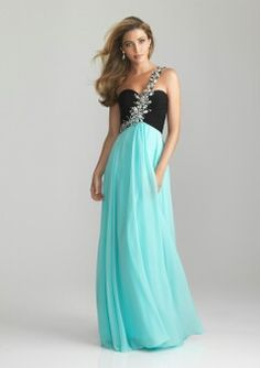 I thought this was a really good dress for prom!!