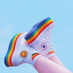 Image shared by Converse All Star. Find images and videos about shoes, miley cyrus and converse on We Heart It - the app to get lost in what you love. Mode Converse, Converse All Star, Kawaii Shoes, Kawaii Clothes, Aesthetic Shoes, Aesthetic Clothes, Mode Indie, Sneakers Fashion, Fashion Shoes