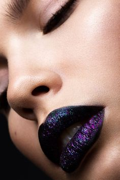 Glitter lips on Behance