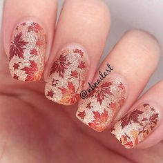 This is why today we found the best fall nail art. We accept begin 33 of the best fall nail art designs of all time. These fall nail art designs are incredible. Bravo to these amazing nail artists who think of these creative ideas. Autumn Nails, Winter Nails, Summer Nails, Fall Nail Art Autumn, Cute Nails For Fall, Great Nails, Art 33, Thanksgiving Nail Art, Gel Nagel Design