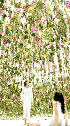 teamLab - Floating Flower Garden