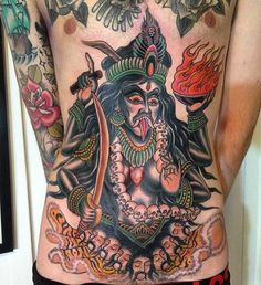 If you are looking for badass designs and are interested in Hindu mythology, you will be amazed by these fierce Kali tattoos! Kali Tattoo, Shiva Tattoo Design, Ganesha Tattoo, Buddhist Symbol Tattoos, Hindu Tattoos, Geometric Tattoo Arm, Lotus Tattoo, Tattoo Ink, Full Sleeve Tattoos