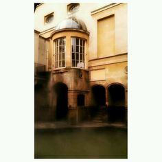 Roman Baths, Bath UK Nicole Doyle (instagram)