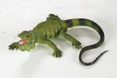 Wild Safari Iguana at theBIGzoo.com, a family-owned store. Check our sales & FREE Shipping.
