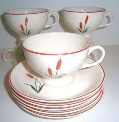 Camwood Ivory Cattail Cup and Saucers Set of 5 Universal Cambridge China #vintage