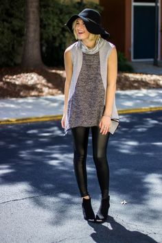 Fashion blogger Hailey wears a minimal fall outfit featuring a floppy wool hat, sleeveless THML turtleneck sweater, pleather leggings, and black peep toe booties. @haileydailyxo