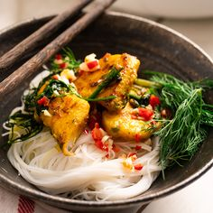 Vietnamese Turmeric & Dill Fish 'Cha Ca' - Marion's Kitchen We made with turbot cheeks (or, to be extremely specific. Fish Recipes, Seafood Recipes, Asian Recipes, Healthy Recipes, Ethnic Recipes, Maggi Recipes, Asian Foods, Healthy Food, Noodles