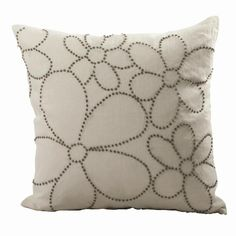 Sewing Cushions French Knot Cushion - White / Natural nice as an overall design? Cushion Embroidery, Hand Embroidery Patterns, Embroidery Stitches, Embroidery Kits, Sewing Pillows, Diy Pillows, Cushions, French Knot Embroidery, Ribbon Embroidery