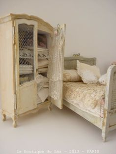 1044 Best Miniature Furniture Images Miniature Furniture