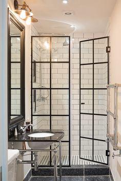 Bathroom Renovation Ideas: bathroom remodel cost, bathroom windows ideas for small bathrooms, small bathroom design ideas Bathroom Renos, Bathroom Interior, Master Bathroom, Bathroom Windows, Glass Bathroom, Bathroom Shower Doors, French Bathroom, Shower Window, Master Baths