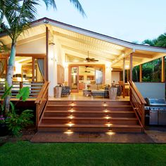 Destination Weddings - Wowie Maui: Hip + Haute - Escape the crowds at the Paia Inn. One part hippy and one part hipster, it hits all the right notes. // Photo courtesy of Travis Rowan with Living Maui Media Tropical House Design, Tropical Houses, Rest House, My House, Dream Home Design, My Dream Home, Style At Home, Seaside Inn, Deco Cool
