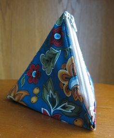Triangle Bag How-To
