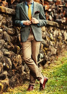 Five Point Fox - vintage Harris Tweed Herringbone Blazer, Vintage Brooks Brothers Clock Tie, J. Crew Oxford, Jack Spade Surcingle Belt, Jack Spade Khakis, Allen Edmonds Kenwood Penny Loafers