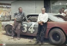 Wendell Scott by Ned Jarrett Nascar Race Cars, Old Race Cars, Wendell Scott, Dirt Racing, Auto Racing, Vintage Race Car, Vintage Auto, Ford Galaxie, Car And Driver