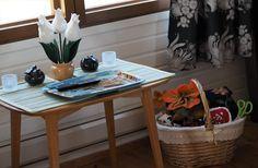 Vaateviidakko: Pimennysverhoja ja huopahelmiä Handmade Decorations, Reuse, Diy Furniture, Recycling, Interiors, Decoration Home, Handmade Furniture, Upcycle, Decor