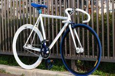 http://www.cardosystems.com/ #urbancycling #socialcycling #bike #bicycle #cycling #velo #velochic #loveofbike #cardoBK1