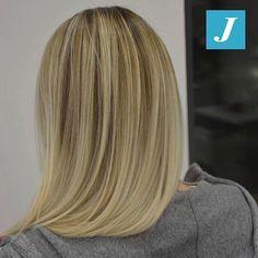 Inconfondibili sfumature firmate Degradé Joelle! #cdj #degradejoelle #tagliopuntearia #degradé #igers #musthave #hair #hairstyle #haircolour #longhair #ootd #hairfashion #madeinitaly #wellastudionyc #workhairstudiocentrodegradejoelle #roma #eur
