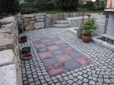 Bildergebnis für granitpflaster mit betonplatten