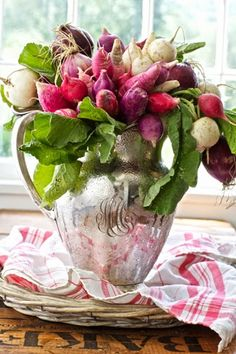 Karin Lidbeck: A New Twist On Your Summer Bouquet