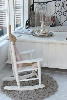 Kesä -13 Rocking Chair, Furniture, Home Decor, Chair Swing, Decoration Home, Room Decor, Rocking Chairs, Home Furnishings, Home Interior Design