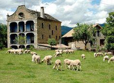 Casa Arana - Parque Nacional de Ordesa (Huesca) Fachada principal de la casa