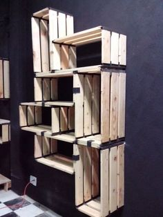 Huacalli Rectangular De Madera Reciclada - $ 750.00 en MercadoLibre Plantation, House In The Woods, Pallet Projects, Diy Crafts For Kids, Wood Pallets, Amazing Gardens, Woodworking Plans, Bedroom Decor, Home Decor