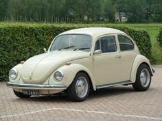 1971 Volkswagen Kever - 1302 by willemsknol, via Flickr Beetle Bug, Vw Beetles, Volkswagen, Bug Car, Vw Bugs, Simile, Hot Wheels, Jeep, Classic Cars