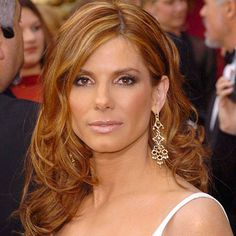 Sandra Bullock - 2004 - Pin curls for the Oscars— She looked so radiant. - I love the color and highlights on her too