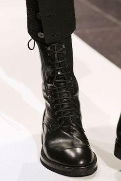 ann demeulemeester Ann Demeulemeester, Beautiful Shoes, Dark Fashion, Mens Fashion, Fashion Shoes, Black Boots, Sock Shoes, Shoe Boots, Sport Chic