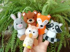 Safari animals felt games finger puppets felt toy baby monkey toy First birthday gift Learning toddler toys montessori New baby gift Woodland Creatures, Woodland Animals, Safari Animals, Costume Minnie Mouse, Mickey Costume, Felt Games, Felt Finger Puppets, First Birthday Gifts, Mickey Birthday