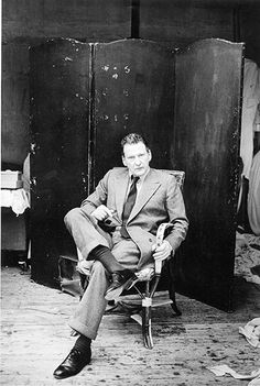 A portrait of Lucian Freud in his studio Photograph: Jane Bown