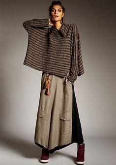 Warm, inviting, comfortable...makes me think Fall. Alembika - Roni Rabl