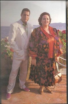 Summer in Ibiza Freddie and Monserrat Queen Freddie Mercury, Freddie Mercury Quotes, John Deacon, Queen Love, Save The Queen, Brian May, Freddie Mercuri, King Of Queens, Roger Taylor
