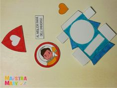 Biglietto per il papà migliore dell'universo | Maestra Mary Legato, Gift Wrapping, Wrapping Ideas, Cards, Gifts, Winx Club, Universe, Spring, Fathers Day Art