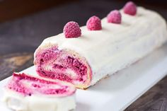An irresistible recipe of Thermomix Raspberry White Chocolate Log on Yummix Baby Food Recipes, Dessert Recipes, Fermented Bread, Chocolate Log, How To Make Dough, Thermomix Desserts, White Chocolate Raspberry, Foods With Gluten, Cheesecake Recipes