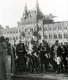 Николай II, Красная площадь, 1913 г., празднование 300-летия Дома Романовых.  Nicholas II, Red Square, 1913, celebrating 300-years of the Romanov Dynasty.