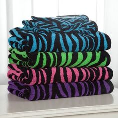 Multicolored zebra print towels. Haily would love these. If only she didn't share a bathroom with 3 brothers....