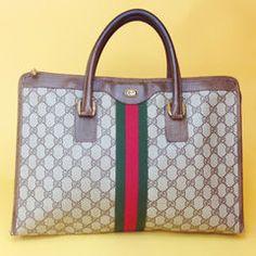 "Product- Vintage Gucci Handbag Fits 13"" MacBook | Good condition| ON SALE"